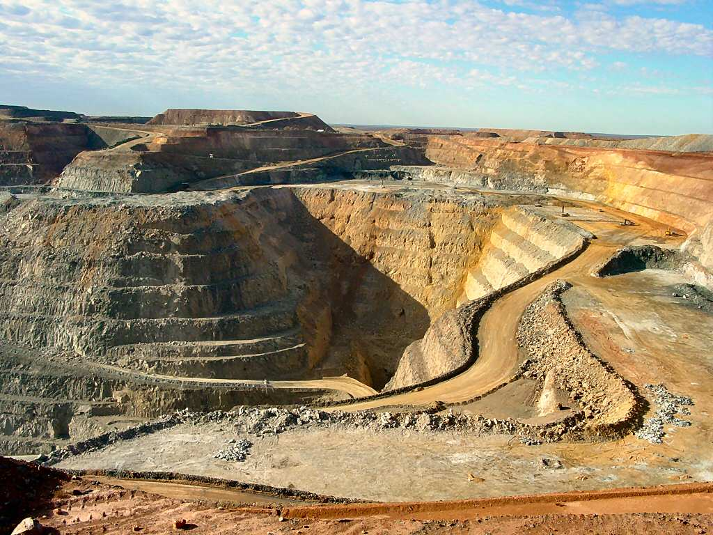 Most Incredible Open-Pit Mines: Kalgoorlie Super Pit (source: wiki)