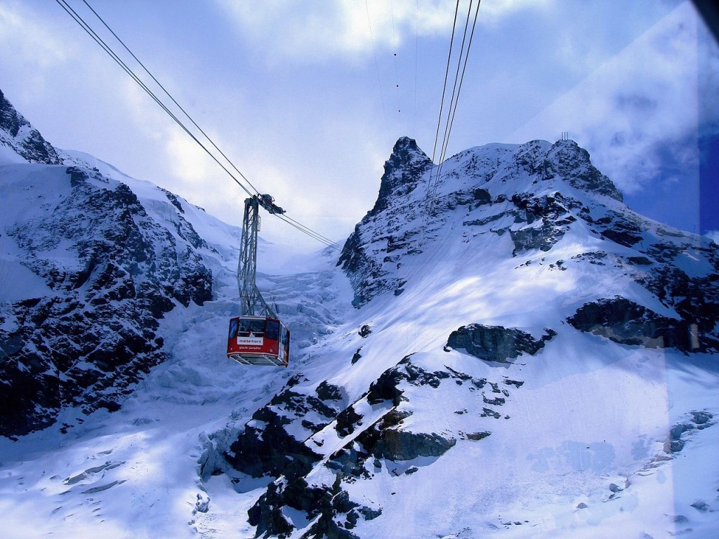 10 Most Amazing Aerial Lifts In The World: Klein Matterhorn