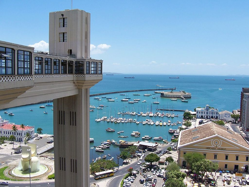 10 Coolest Elevators In The World: Lacerda Elevator, Salvador, Brazil