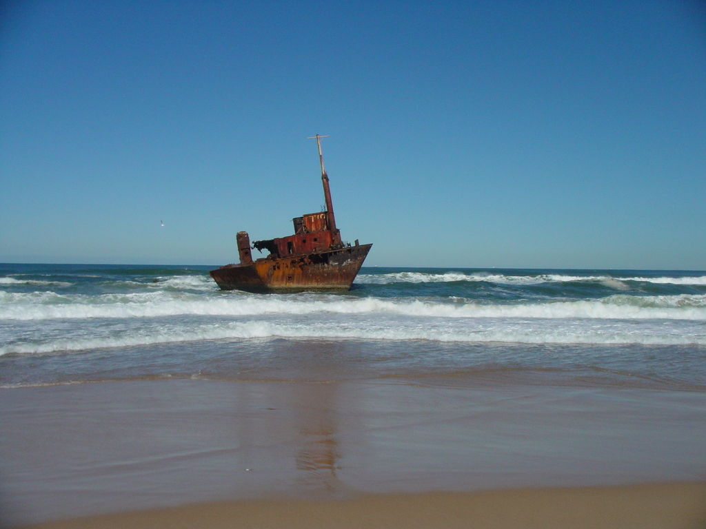 Most Incredible Shipwrecks: MV Sygna in 2005 (source: wiki)