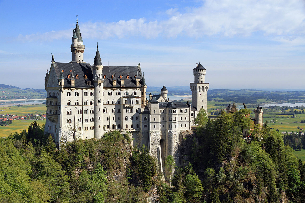 10 most beautiful castles in the world - 10 most today