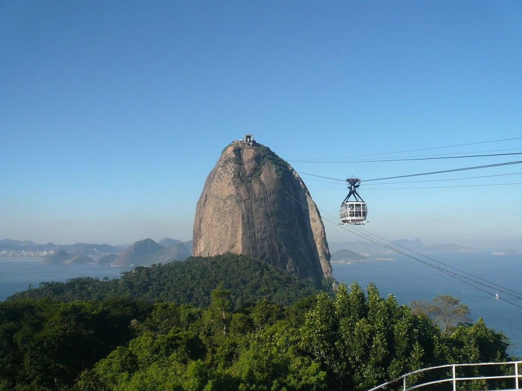 Sugarloaf cable car - Most Amazing Aerial Lifts