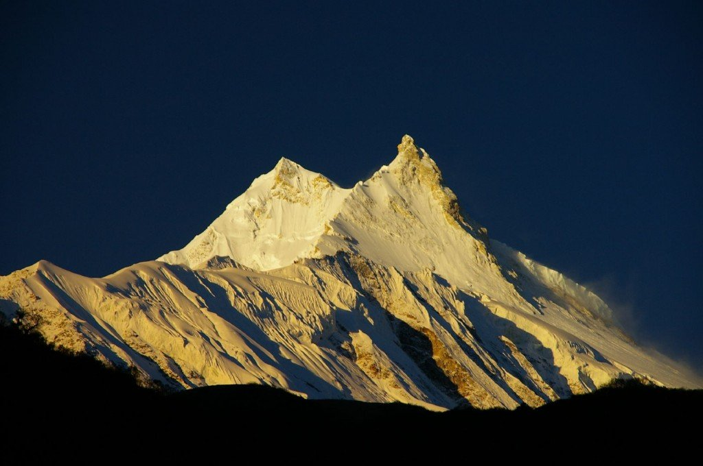10 Highest Mountains In The World: Manaslu, Himalya, at sunrise