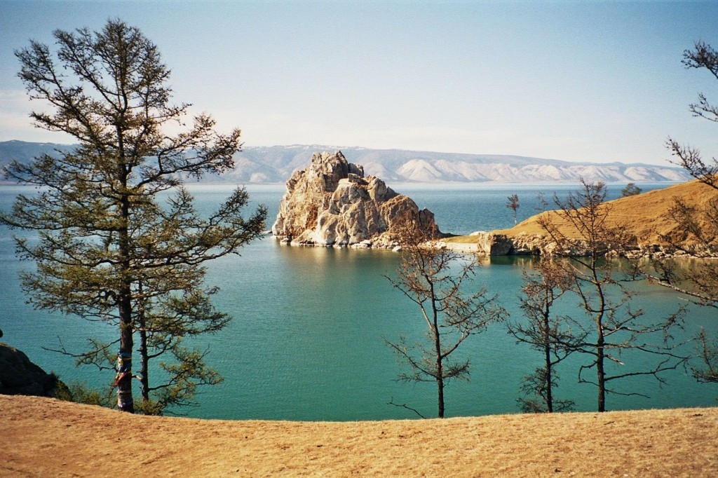 10 Deepest Lakes In The World: Lake Baikal, Siberia, Russia