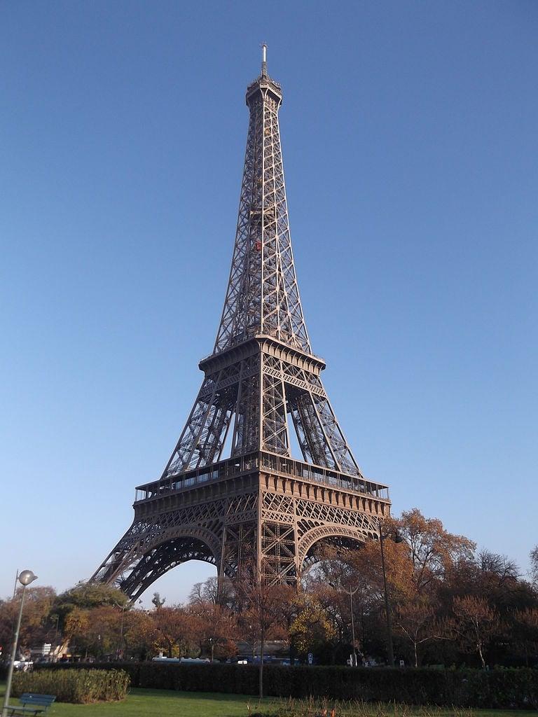Most Romantic Destinations For Your Honeymoon: Paris
