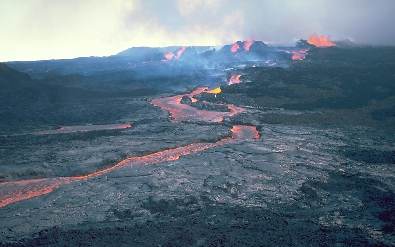 Most Active Volcanoes In The World: Mount Loa, Hawaii