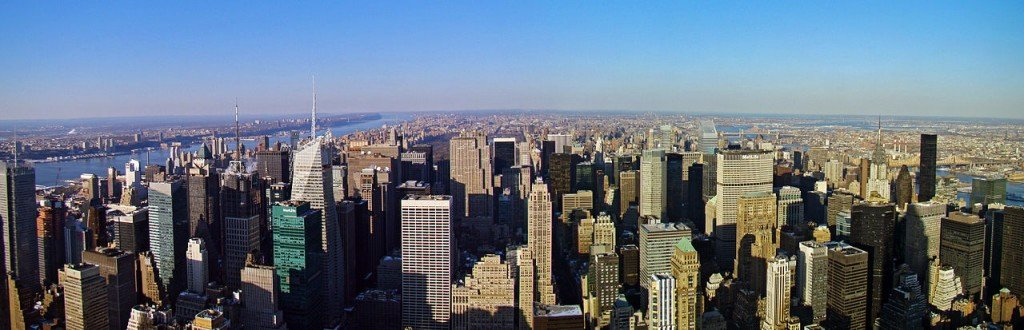 The United States has the 9th longest coastline (Skyline of Manhattan)