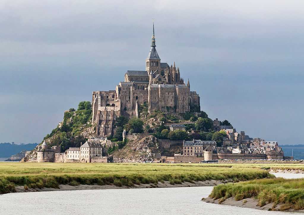 Amazing Cultural World Heritage Sites: Mont Saint Michel, France
