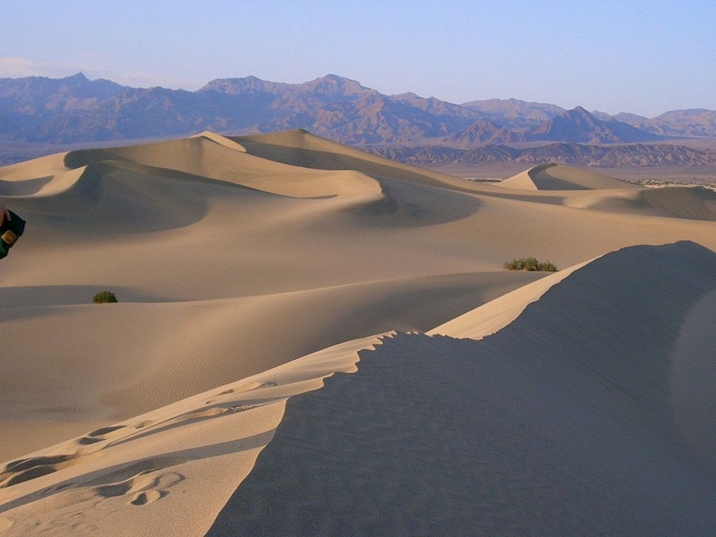 Most Beautiful Sand Dunes: Death Valley, California (source: wiki)