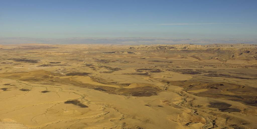 Best Attractions In Israel: Ramon Crater, Negev