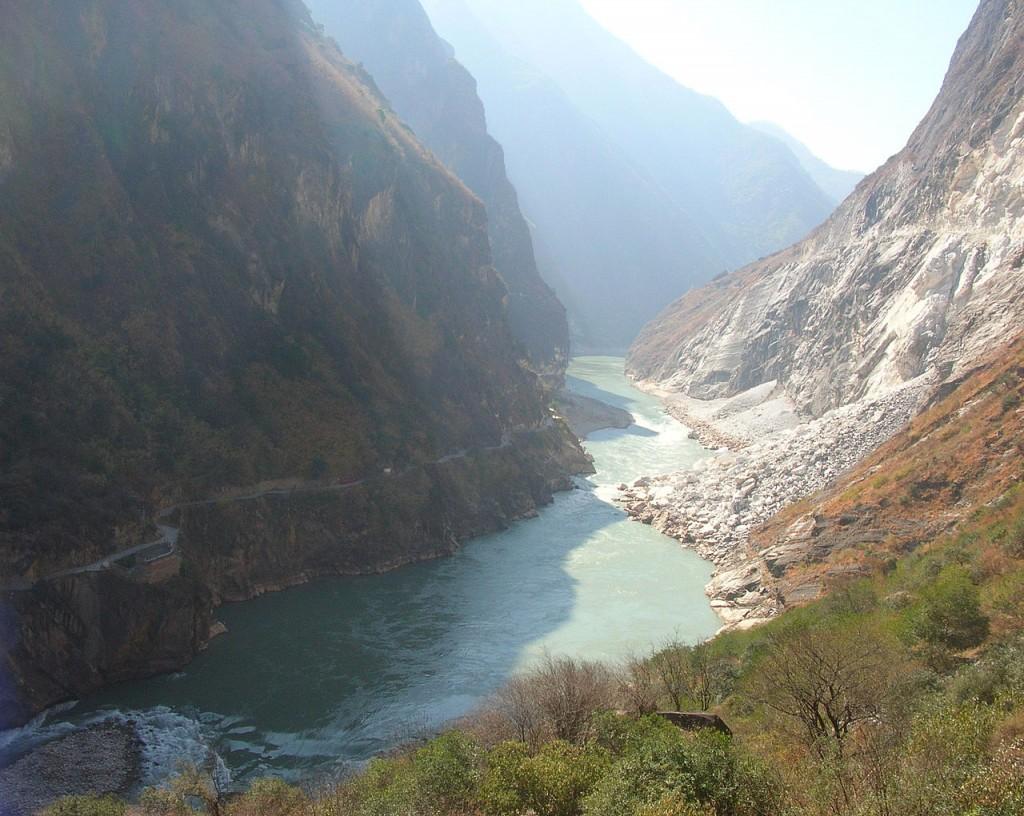 Most Breathtaking Canyons: Tiger Leaping Gorge, China (source: wiki)