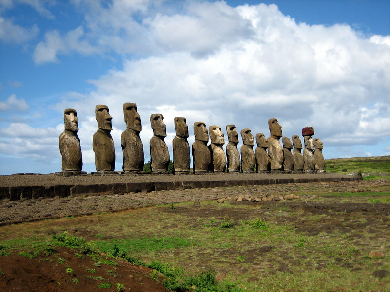 Most famous statues: Moai, Easter Island