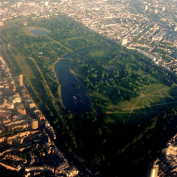 Best Attractions In London: Hyde Park