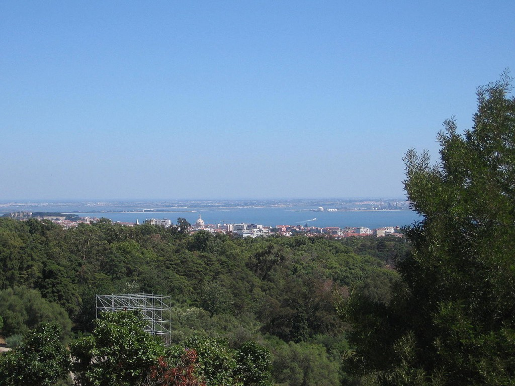 Most Famous Urban Parks: Monsanto Forest Park, Lisbon