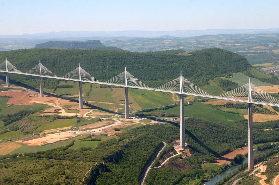 As pontes mais altas do mundo: viaduto de Millau, França