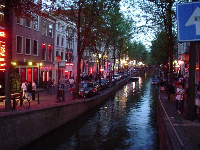 Best Attractions In Amsterdam: De Wallen Red Light District