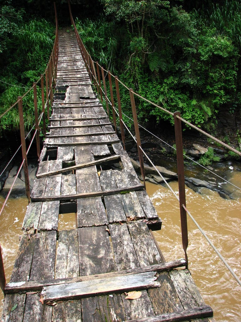Scariest Rope Bridges In The World: Kotmale Footbridge, Sri Lanka