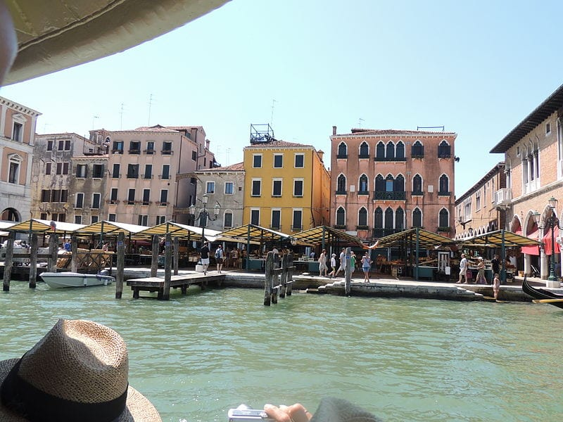 Best Attractions In Venice: Rialto Market
