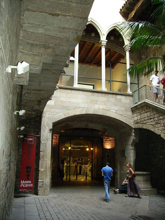 Best Attractions In Barcelona: Picasso Museum