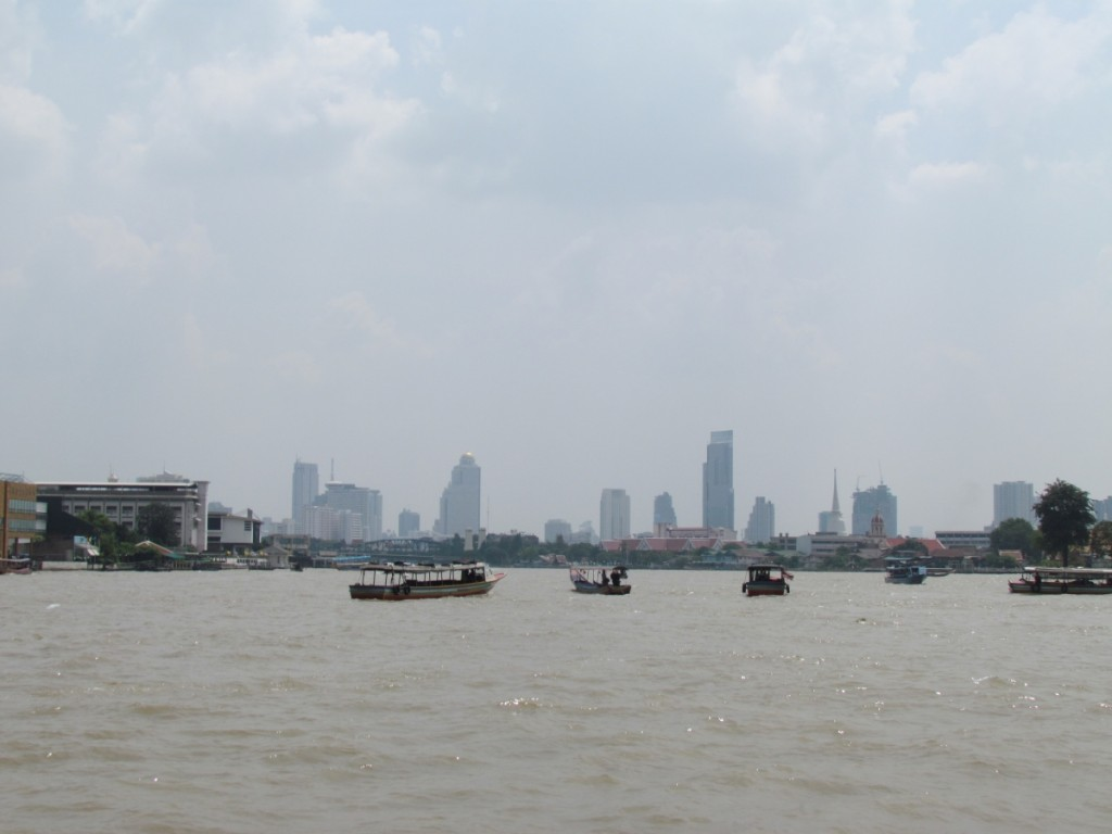 Best Attractions In Bangkok: Chao Phraya River