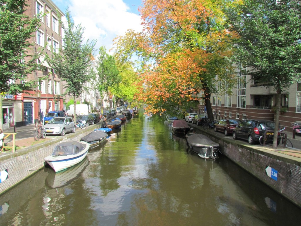 Best Attractions In Amsterdam: The countless canals