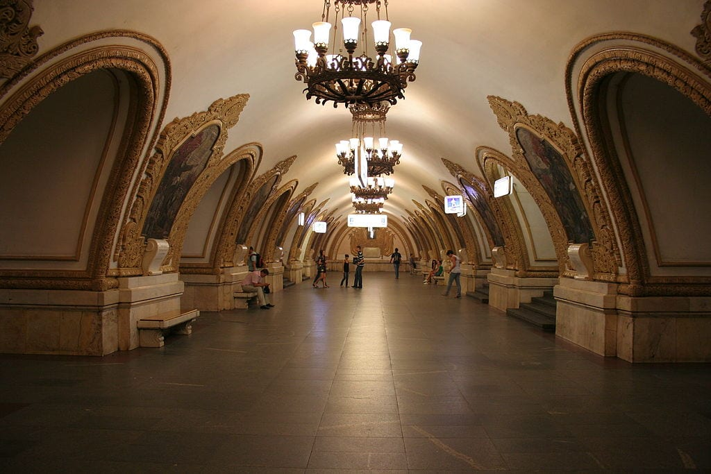 The underground palaces of Moscow - the Moscow metro stations
