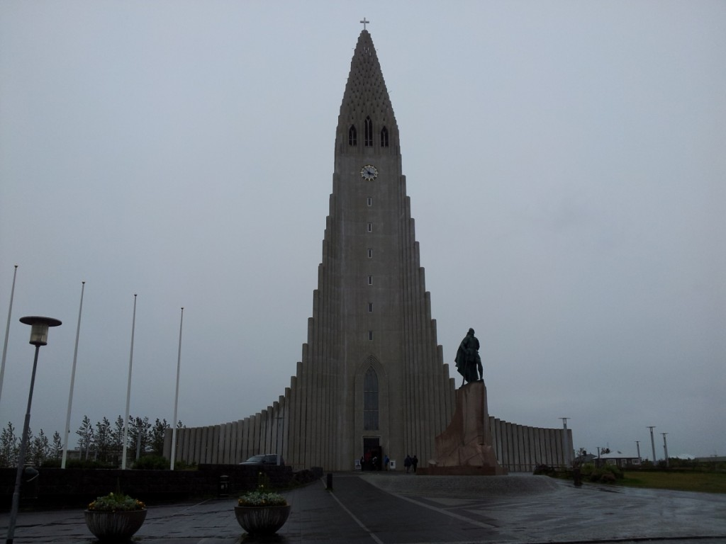 Most Unique Churches In The World: Hallgrimskirkja, Reykjavik