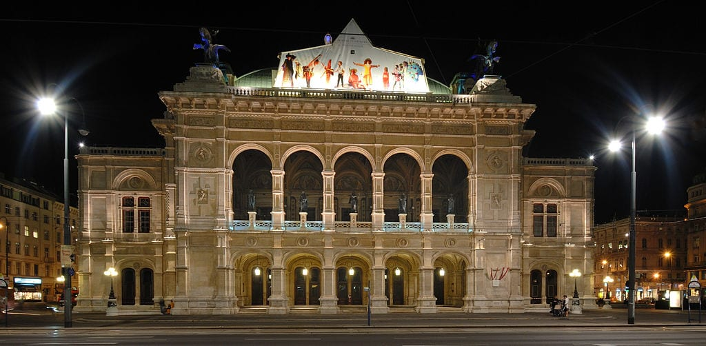 Best Opera Houses In The World: Vienna Staatsoper, Vienna