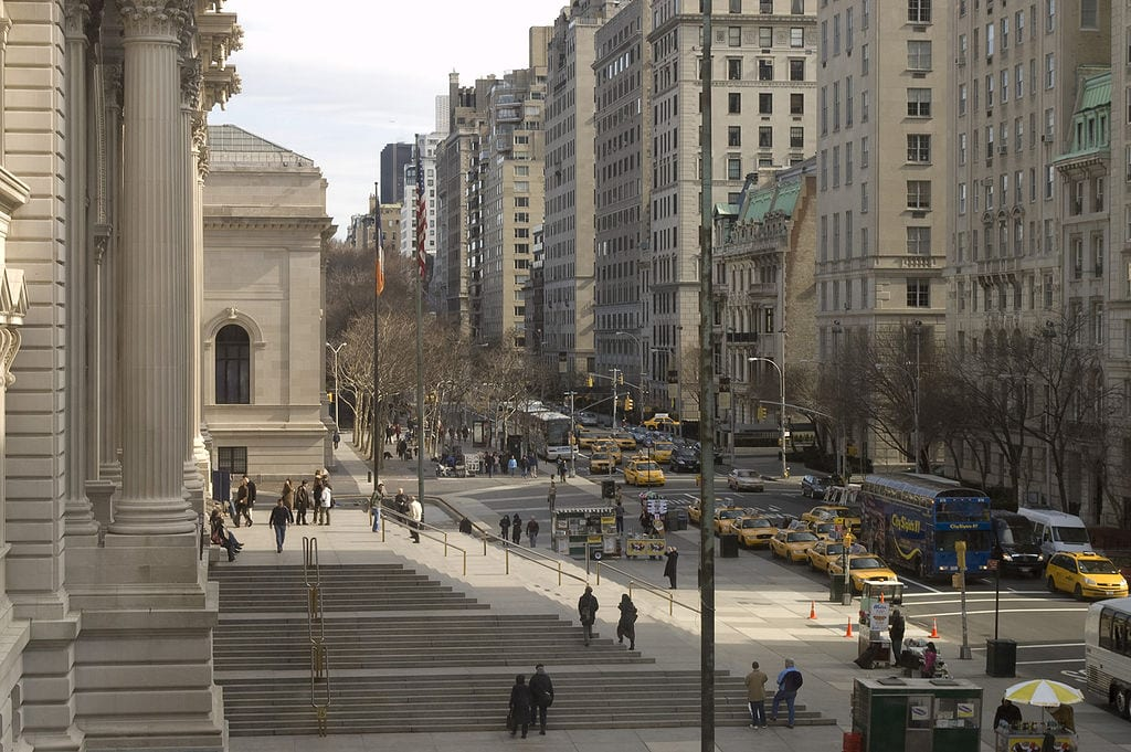 Best Attractions In New York: Fifth Avenue