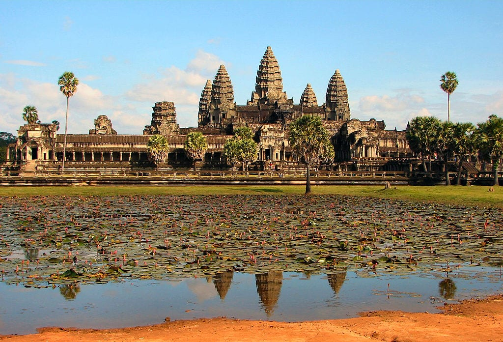 Amazing Cultural World Heritage Sites: Angkor Wat, Cambodia