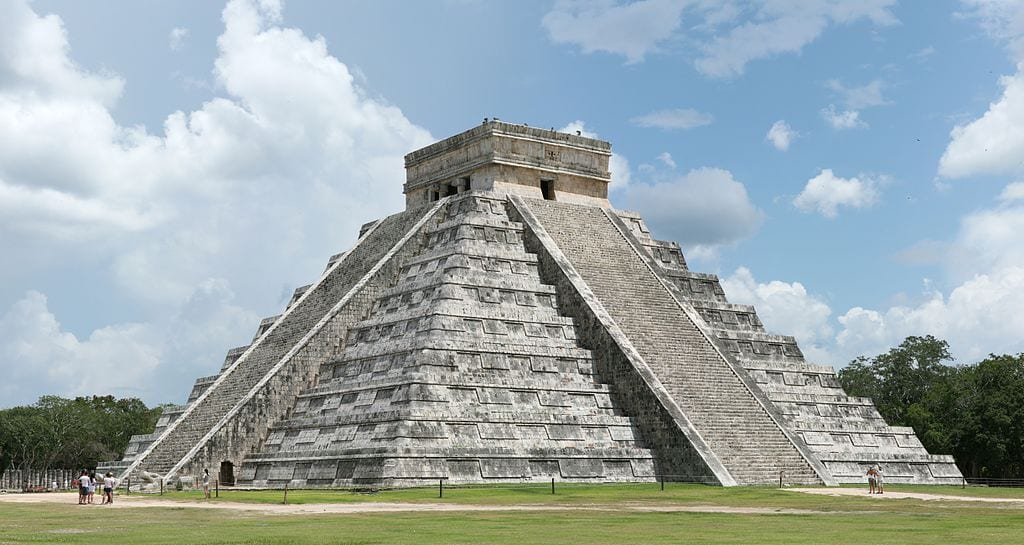 Most Notable Pyramids In The World: El Castillo, Chichen Itza, Mexico