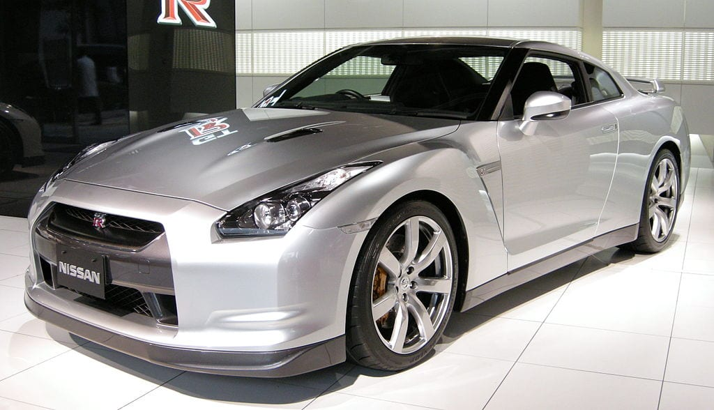 Fastest Accelerating Cars:Nissan GT-R R35