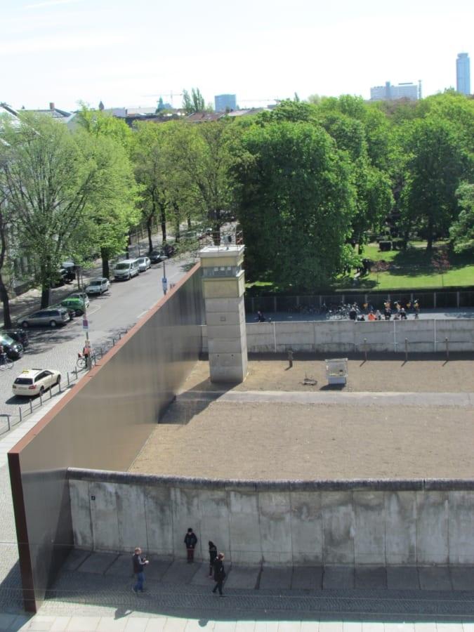 Best Attractions In Berlin: Berlin Wall Memorial