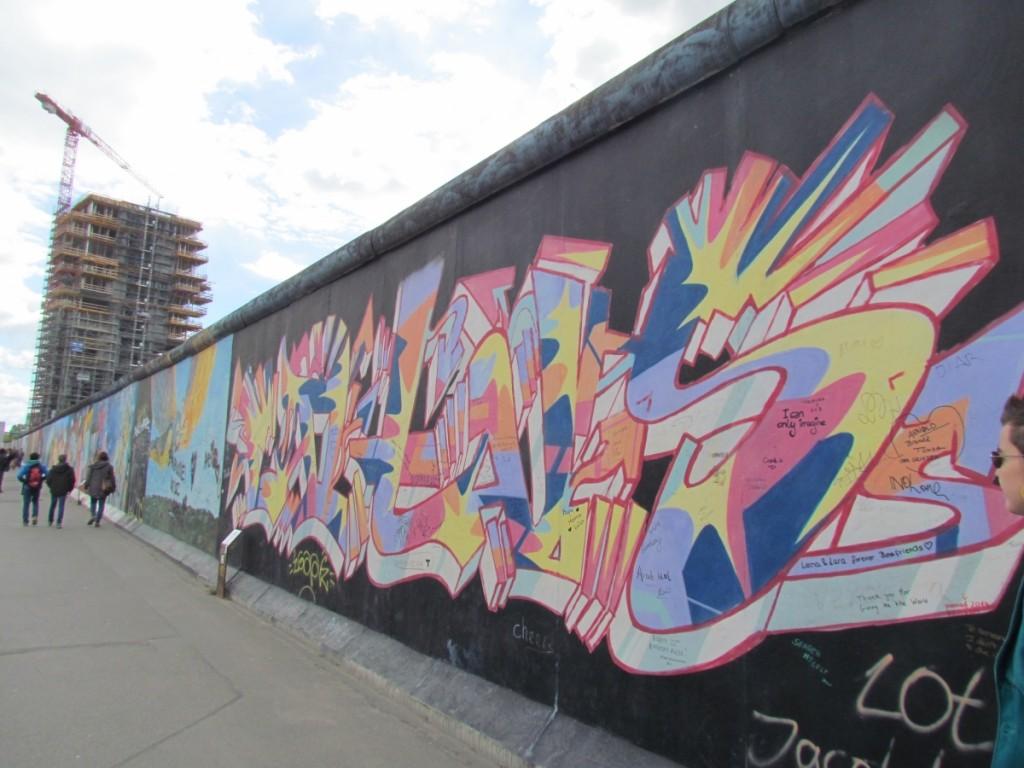 Best Attractions In Berlin: Berlin Wall East Side Gallery