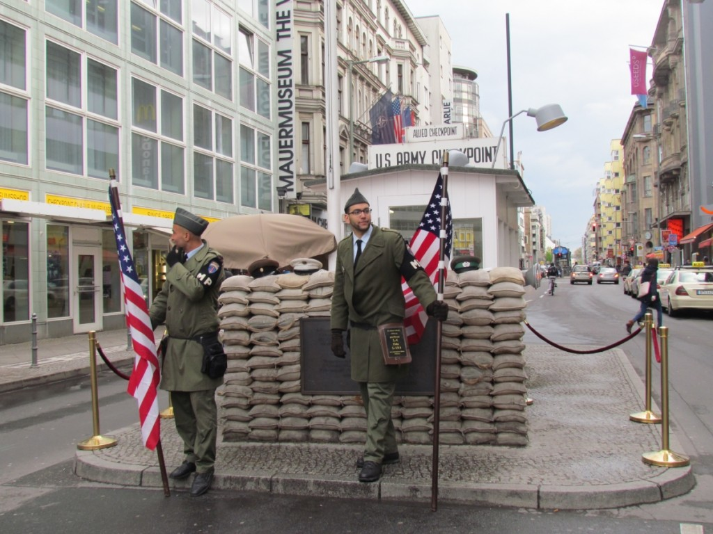 Best Attractions In Berlin: Checkpoint Charlie