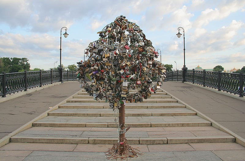 Awesome Love Locks Locations: Vodootvodny Canal, Moscow
