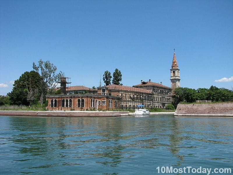 Creepiest Places In The World: Poveglia, Italy