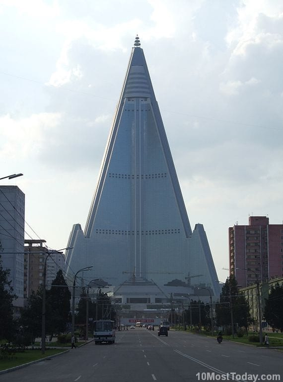 Most Notable Pyramids In The World: Ryugyong Hotel, Pyongyang, North Korea