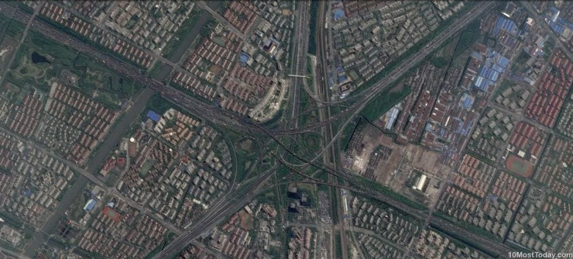 Mind Blowing Interchanges: Xinzhuang interchange, Shanghai