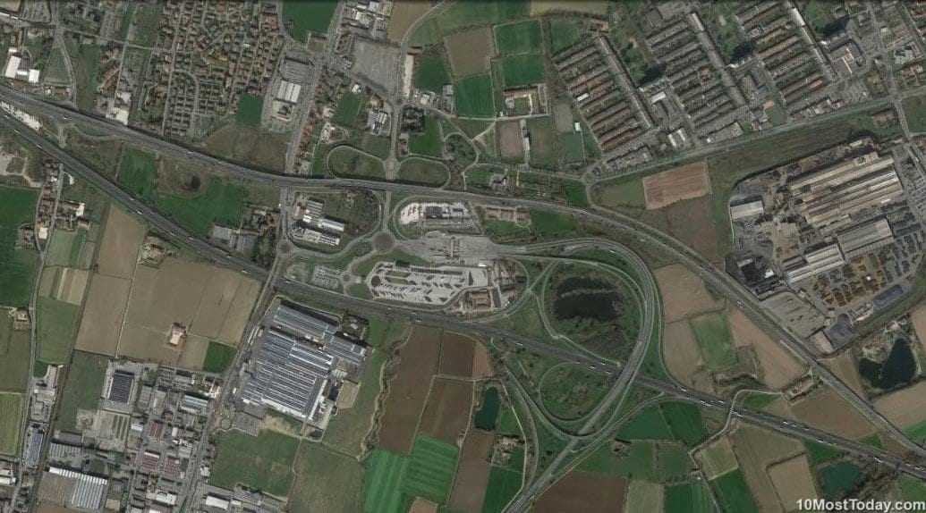 Mind Blowing Interchanges: A4 and E70, Milano, Italy