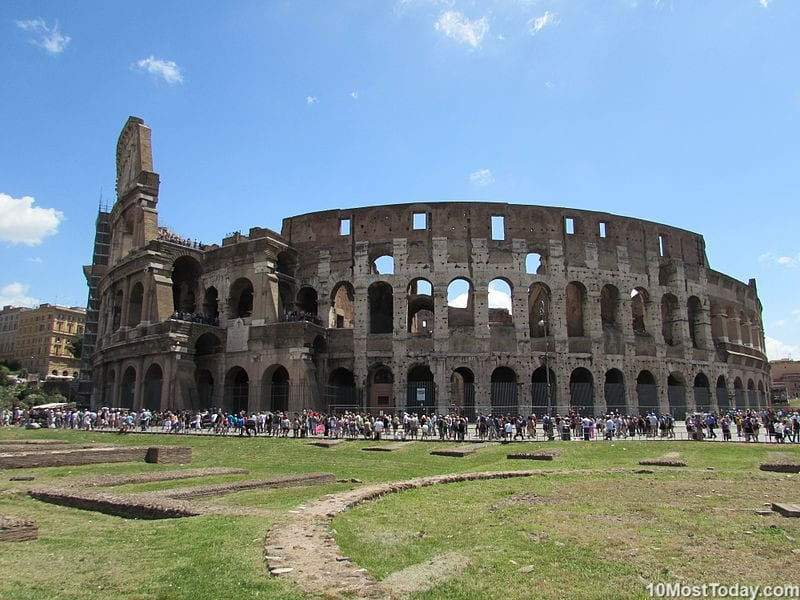 Most Beautiful Roman Amphitheaters: The Colosseum