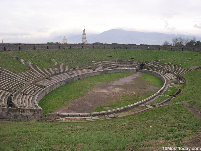 Most Beautiful Roman Amphitheaters: Amphitheater of Pompeii