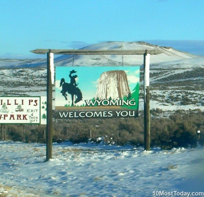 10th largest state in the United States: Wyoming