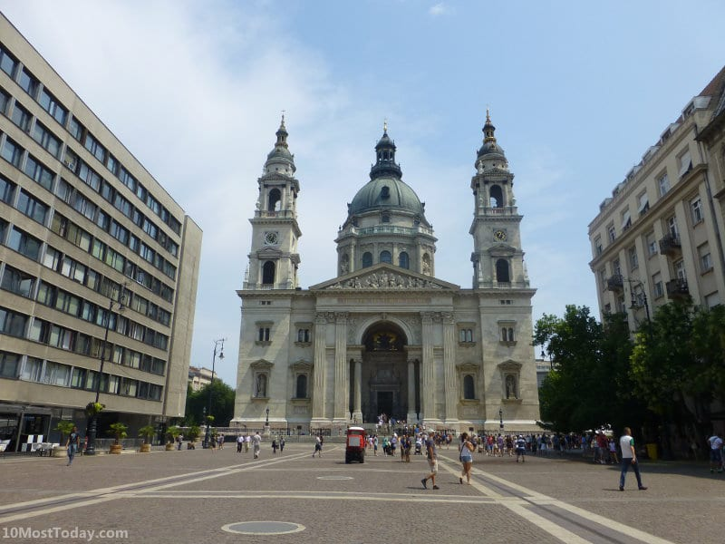 Best Attractions In Budapest: St. Stephen's Basilica