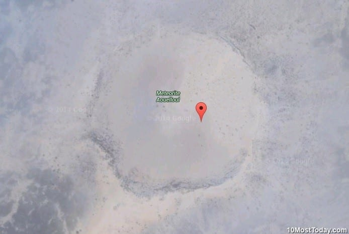 10 Most Incredible Impact Craters: Aouelloul Crater