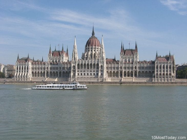 10 Most Famous Architecture Buildings 10 most beautiful parliament buildings - 10 most today