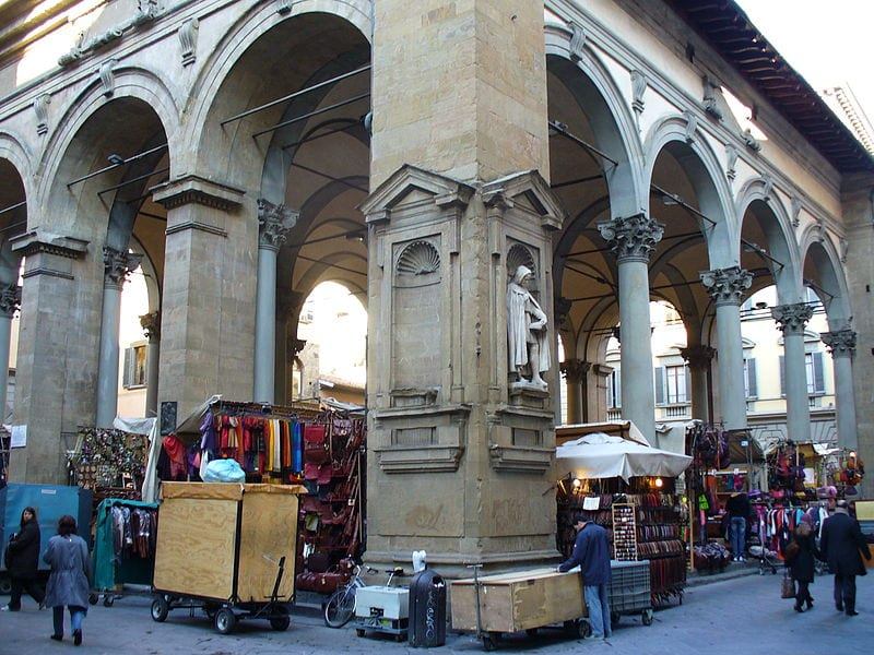 Best Attractions In Florence: Loggia del Porcellino