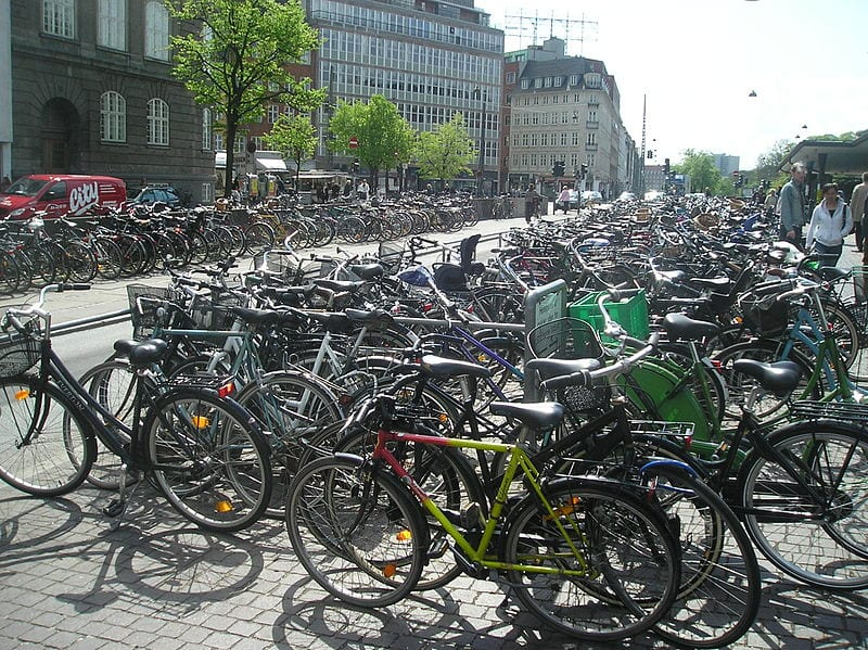 Bicycles in Copenhagen - a bicycle-friendly city