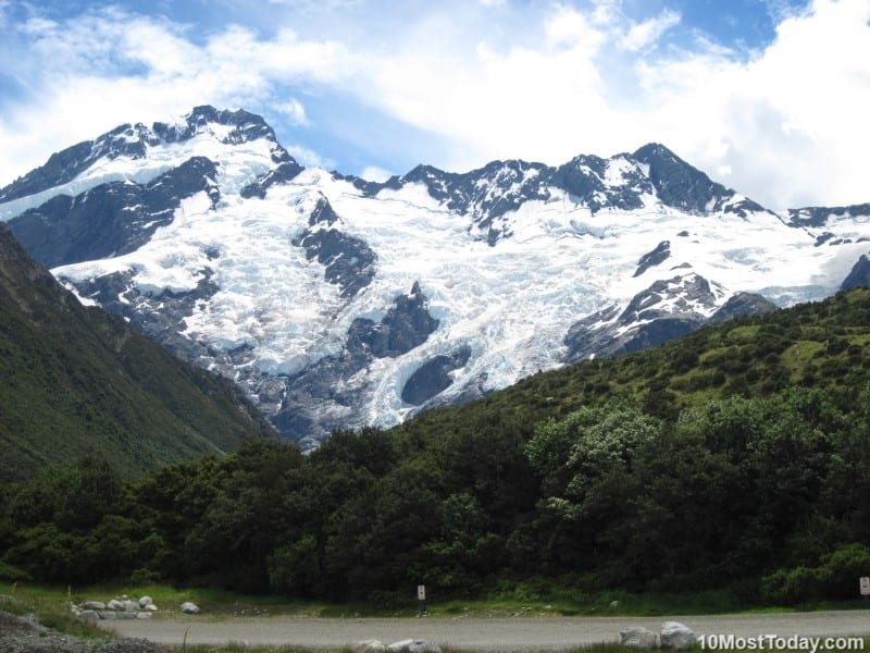 Best Attractions In New Zealand: Aoraki / Mount Cook