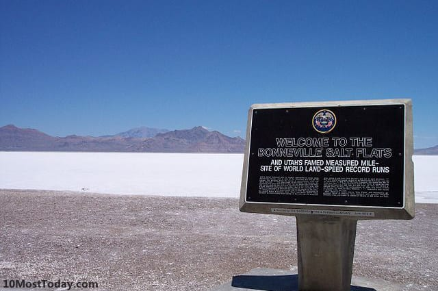 Most Amazing Salt Flats: Bonneville Salt Flats, Utah